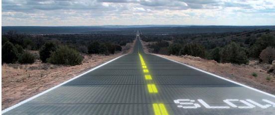 Route composée de panneaux solaires avec système d'éclairage led