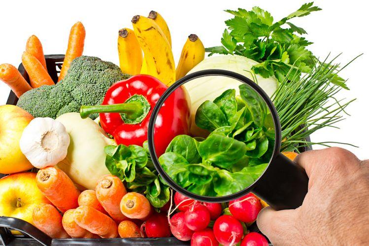 Panier de légumes passé à la loupe