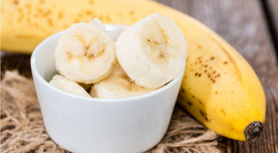 Ramequin de banane tranchée