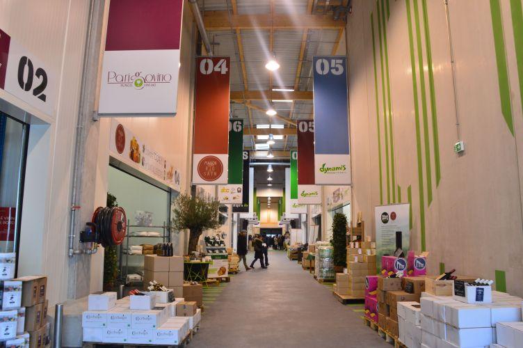 le march de rungis ouvre la plus grande halle bio d 39 europe bio la une. Black Bedroom Furniture Sets. Home Design Ideas