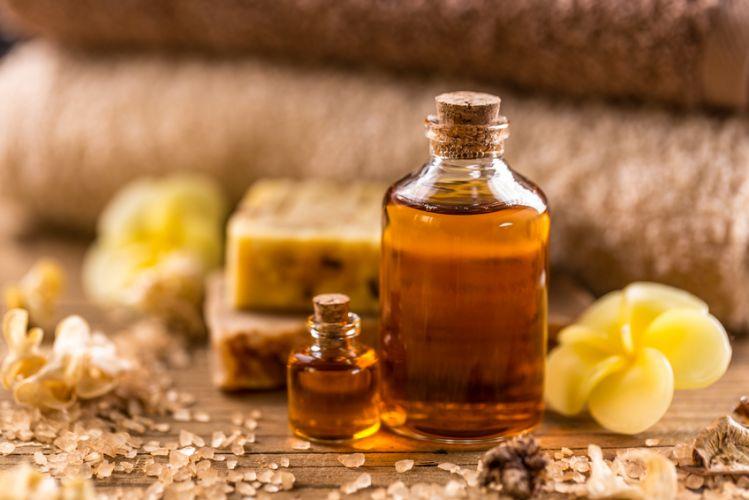 cosm tique d couvrez tous les bienfaits des huiles v g tales bio la une. Black Bedroom Furniture Sets. Home Design Ideas