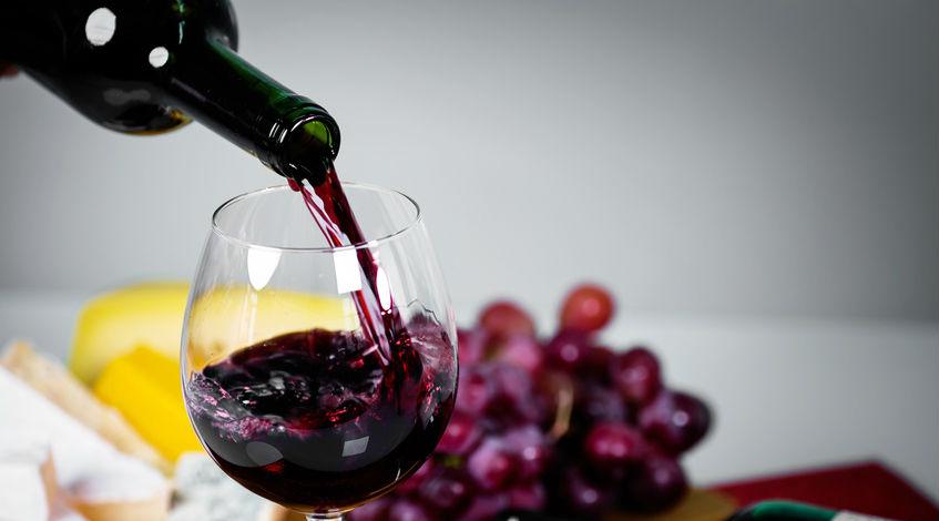 5 bienfaits insoup onn s du vin rouge bio bio la une. Black Bedroom Furniture Sets. Home Design Ideas