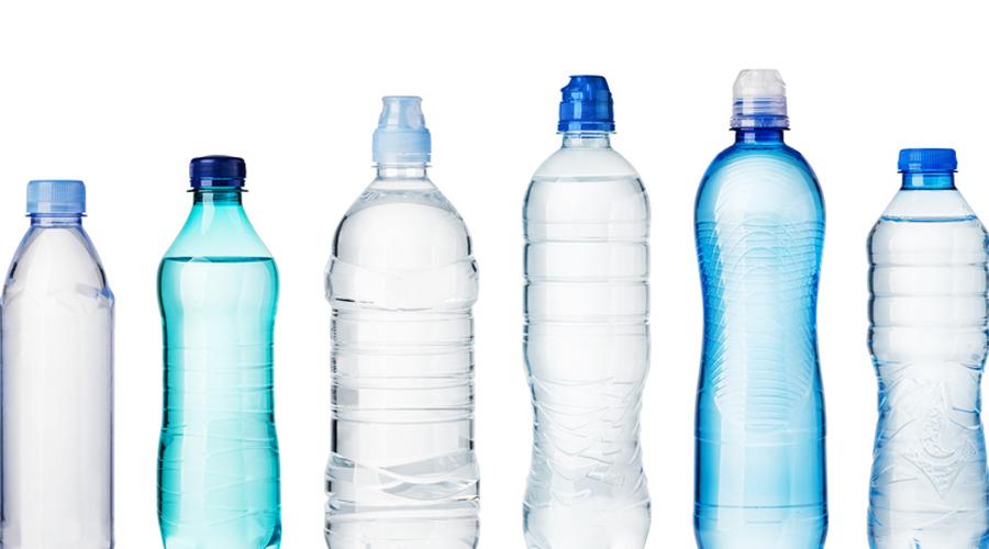 l eau en bouteille de plusieurs marques contamin e par des microplastiques bio la une. Black Bedroom Furniture Sets. Home Design Ideas