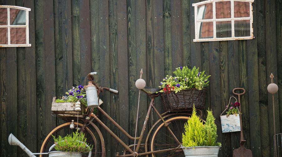 10 id es pour am nager son jardin ou sa terrasse avec des. Black Bedroom Furniture Sets. Home Design Ideas