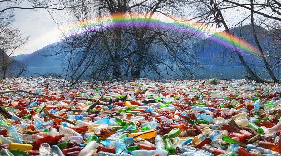 plastique pollution décharge montagne