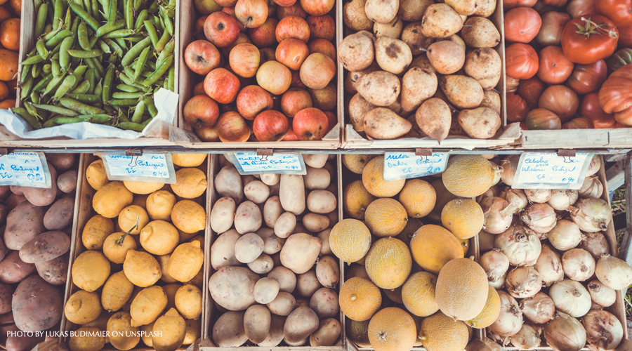 fruit et légumes étal