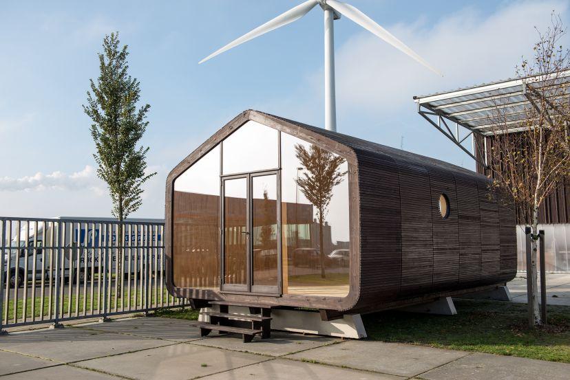 la wikkelhouse une surprenante maison en carton recycl bio la une. Black Bedroom Furniture Sets. Home Design Ideas